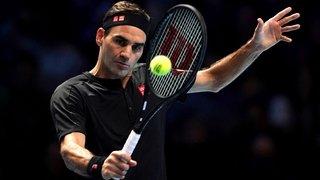 Federer bat Berrettini et reste en vie