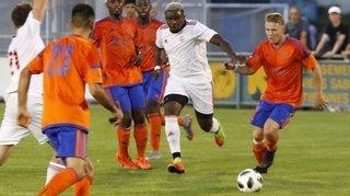 «Fast foot»: Nick Amougou rugit, Echandens rougit