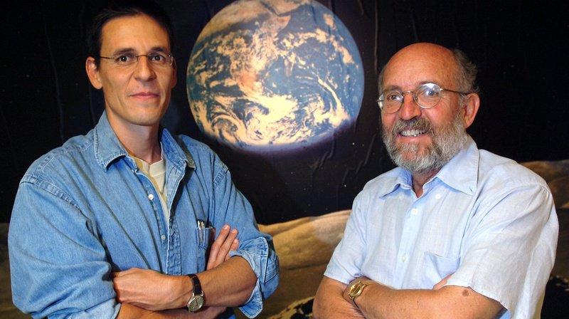 Les astronomes Michel Mayor, à droite, et Didier Queloz.