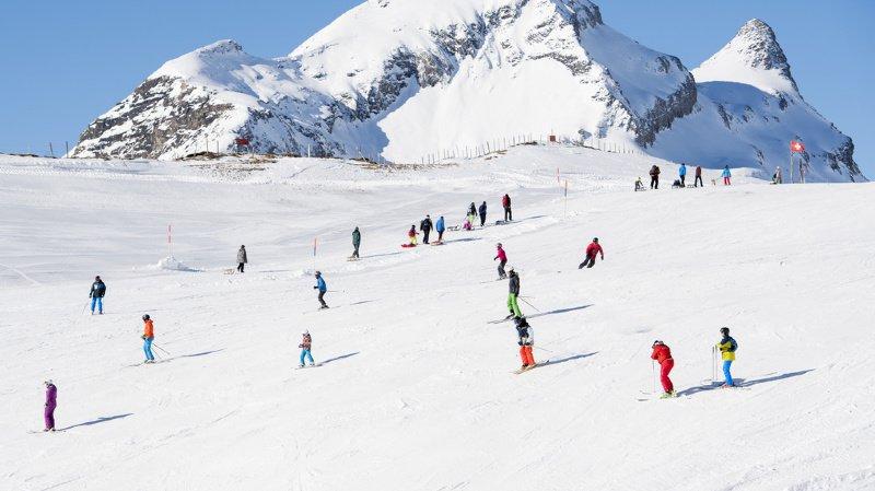 Grindelwald-Wengen: les remontées mécaniques vont fixer un quota de 17'800 skieurs par jour