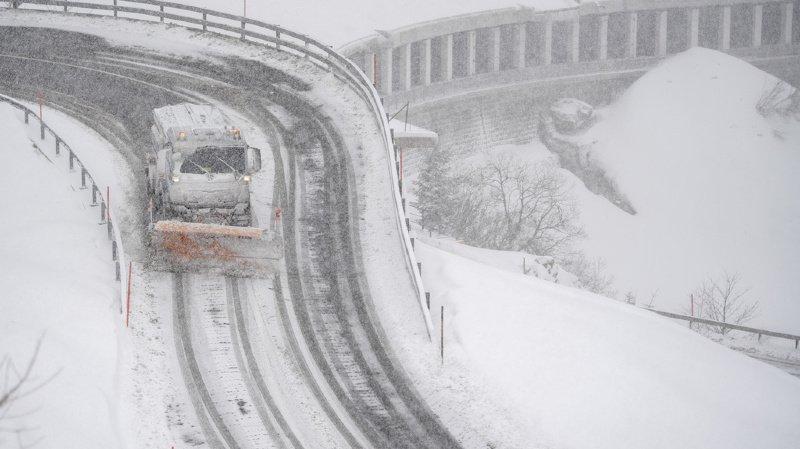 Vents tempétueux et danger fort d'avalanches: prudence pour la journée de samedi