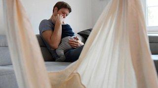 Référendum contre le congé paternité: le PS neuchâtelois dénonce des méthodes trompeuses