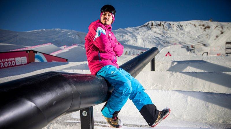 Cet Iranien a choisi le snowboard comme échappatoire