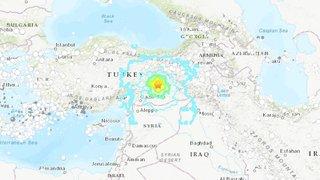 Turquie: séisme de magnitude 6.8 à l'est du pays, au moins quatre morts